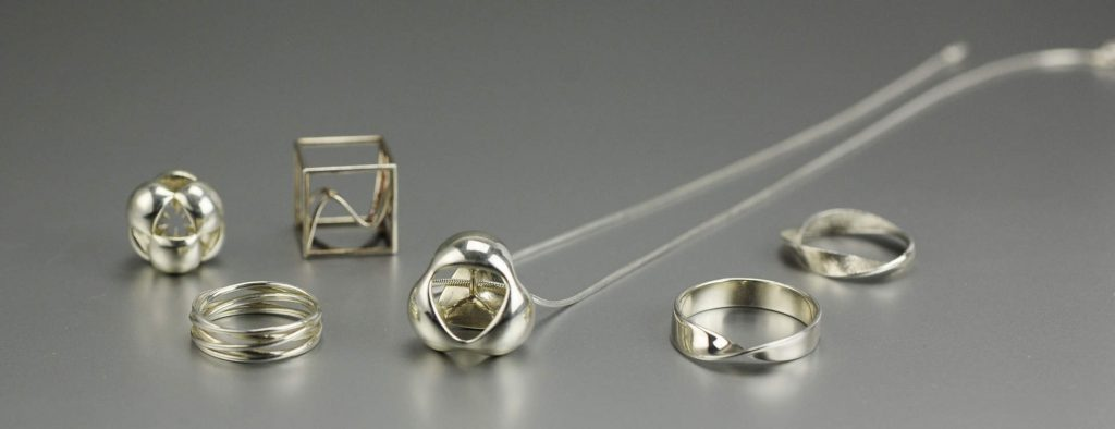 Mathematical jewelry by MO-Labs
